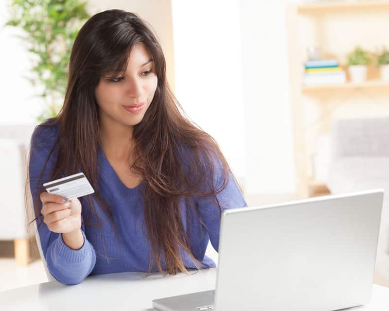 Collecting mobile payments online